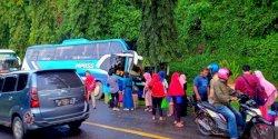 Bus Piposs Makassar-Luwu Utara Alami Kecelakaan Tunggal di Palopo