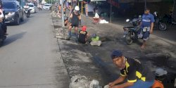 Tim Satgas Rappocini Zero Sedimen di Jalan Tamalate