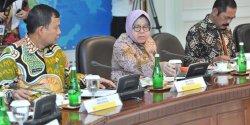 Pj. Wali Kota Makassar Hadiri Rapat Terbatas Bahas Penerapan PLTSa