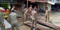 Pemerintah Kecamatan Biringkanaya Tata Lapak PKL di Pusat Niaga Daya