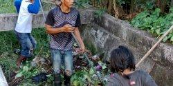 Sabtu Bersih, Ini Giat Camat Mariso Bersihakan Kanal