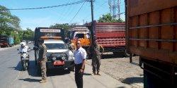 Langgar Aturan Bongkar Muat, Pemerintah Kecamatan Tallo Beri Peringatan