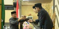 Dari DPRD Makassar ke DPRD Sulsel, Salam Perpisahan Rahman Pina Lewat Pantun Dangke Enrekang