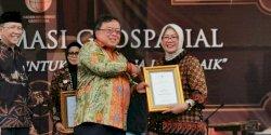 Karena WebGIS, Pemkot Makassar Terima Penghargaan