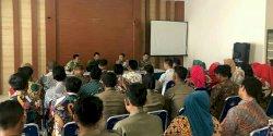 Pj. Wali Kota Iqbal Suhaeb Sambangi Kantor Camat Ujung Pandang