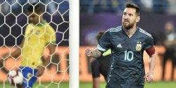 Messi Permalukan Brasil