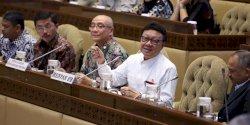 DPR Dukung Tenaga Honorer di Instansi Pemerintah   Dihapus