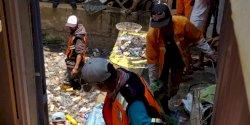 Lurah Tello Baru : Warga Jangan Buang Sampah di Siphon