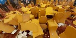 Ricuh, Kongres PAN Diwarnai Baku Lempar Kursi