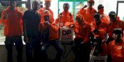 Layani Permintaan Masyarakat, Tim  DP Peduli Corona Tembus Malam Hari