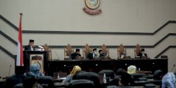 Rapat Paripurna Rekomendasi LKPJ Walikota Makassar Banjir Interupsi