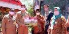Pemkab Gowa Salurkan Bansos Beras ke 1.952 KPM