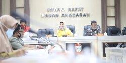 Pansus Bahas Pasal Demi Pasal Ranperda Perumda Parkir Makassar