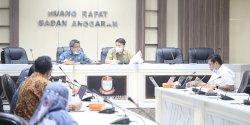 Bapemperda Bahas Perda Perizinan Jasa Umum dan Tertentu