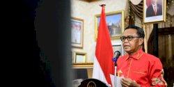 Nurdin Abdullah Raih Penghargaan Platinum Achievement dari PWI Sulsel