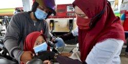 Cegah Klaster Pengungsi, Pertamina Bagikan Masker di SPBU dan Posko Pengungsian