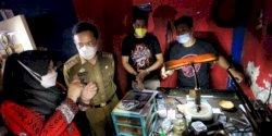 Gairahkan Ekonomi, Pj Wali Kota Makassar Beri Motivasi para Pengrajin Perak