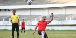Danny Pomanto Ikut Laga Persahabatan Tim Pemkot Makassar Lawan Legenda PSM