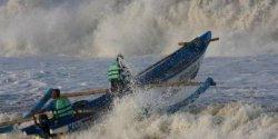Potensi Gelombang Tinggi, KSOP Utama Makassar Imbau Tidak Paksakan Pelayaran