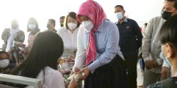Wujudkan Indonesia Sehat, Fatmawati Rusdi Serukan Vaksinasi Anak