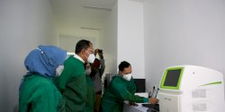 Danny Tinjau Lab PCR Makassar Recover di RSUD Daya, Mampu Deteksi 4 Varian Baru Covid-19